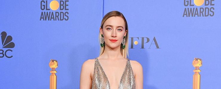 Saoirse attends the Golden Globe Awards